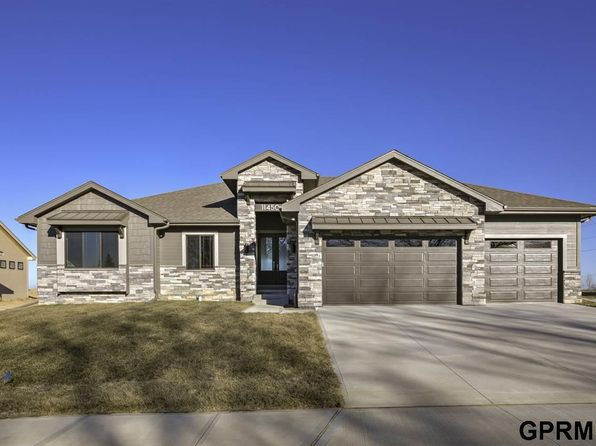 5 bed 4 bath Single Family at 11450 Cooper St Papillion, NE, 68046 is for sale at 470k - 1 of 36