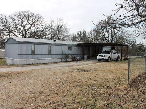 3 bed 2 bath Single Family at 816 Buckboard Trl Granbury, TX, 76049 is for sale at 38k - 1 of 16