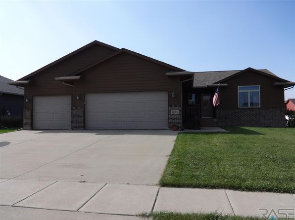 4 bed 2 bath Single Family at 1025 N Rose Ave Tea, SD, 57064 is for sale at 220k - 1 of 23
