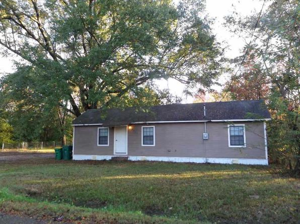 2 bed 2 bath Single Family at 4015 Houston St Texarkana, TX, 75501 is for sale at 55k - 1 of 28