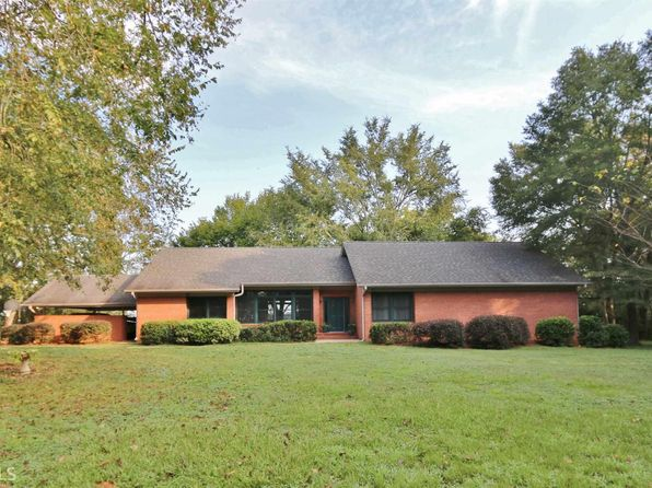 4 bed 3 bath Single Family at 2421 Baldwin Dairy Rd Madison, GA, 30650 is for sale at 350k - 1 of 36