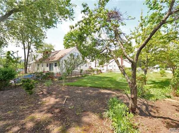 3 bed null bath Vacant Land at 1287 Howard St Rockville Centre, NY, 11570 is for sale at 135k - 1 of 6