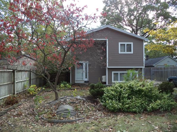 2 bed 3 bath Single Family at 1659 Vine Ave Muskegon, MI, 49442 is for sale at 120k - 1 of 29