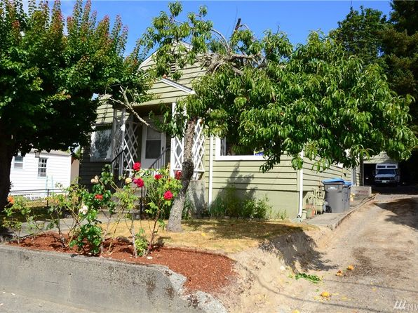 2 bed 2 bath Multi Family at 2305 2307 Cascade Trl Bremerton, WA, 98310 is for sale at 190k - 1 of 17