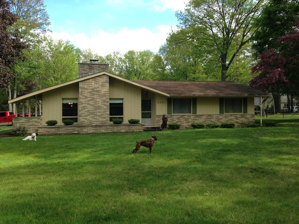 3 bed 2 bath Single Family at 205 Helen Dr Higgins Lake, MI, 48653 is for sale at 190k - 1 of 32