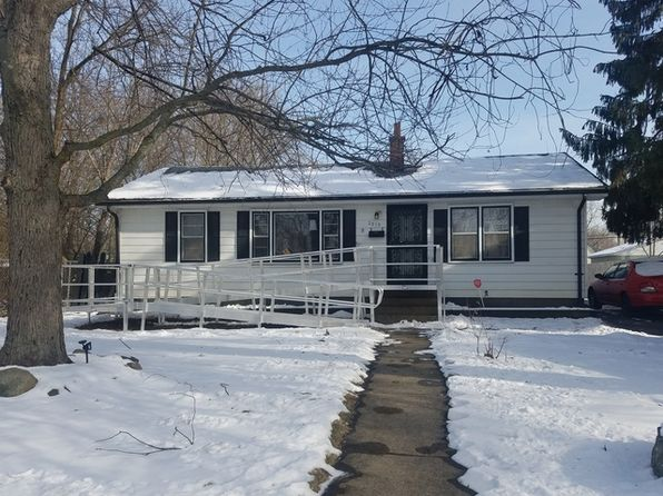 3 bed 1 bath Single Family at 2915 Ezra Ave Zion, IL, 60099 is for sale at 90k - 1 of 10