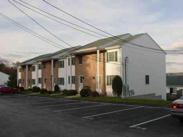 2 bed 2 bath Condo at 160 Scenery Ln Johnston, RI, 02919 is for sale at 149k - google static map