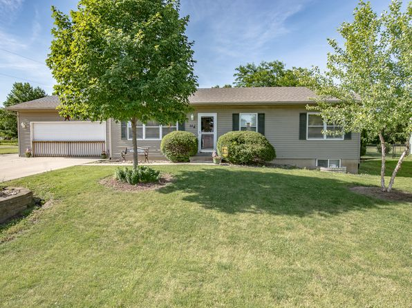 3 bed 2 bath Single Family at 104 Stephen St Palo, IA, 52324 is for sale at 179k - 1 of 24