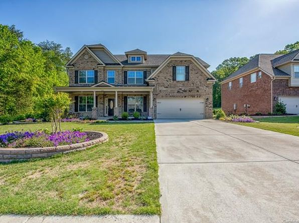 5 bed 4 bath Single Family at 475 Kimbrell Crossing Dr Fort Mill, SC, 29715 is for sale at 430k - 1 of 24