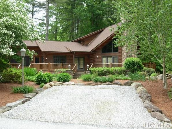 3 bed 3 bath Single Family at 2142 UPPER WHITEWATER RD SAPPHIRE, NC, 28774 is for sale at 370k - 1 of 23