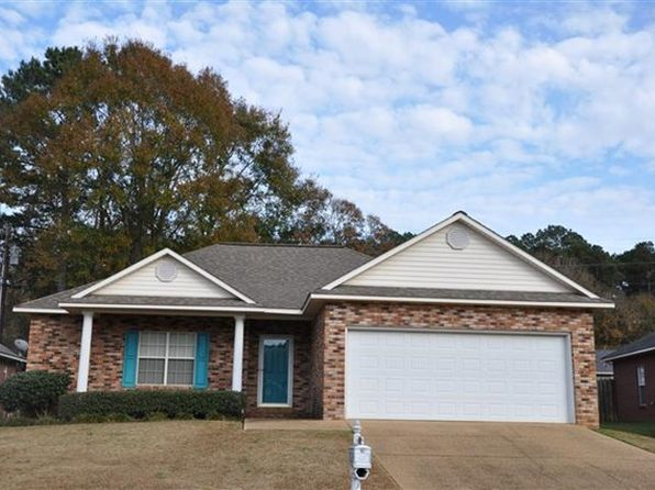 3 bed 2 bath Single Family at 622 Annawood Ln NE Brookhaven, MS, 39601 is for sale at 175k - 1 of 4