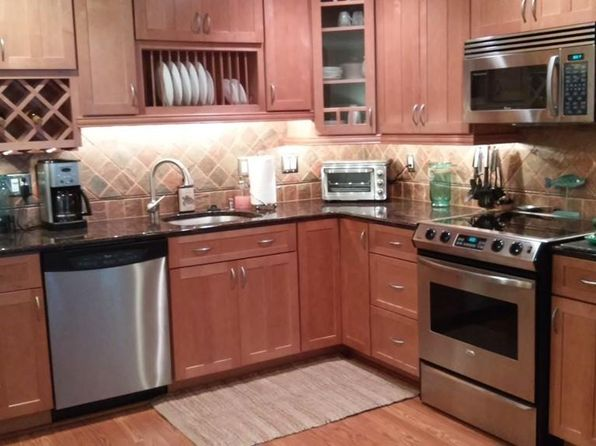2 bed null bath Single Family at 111 Hunters Run Pl Haverhill, MA, 01832 is for sale at 200k - 1 of 29