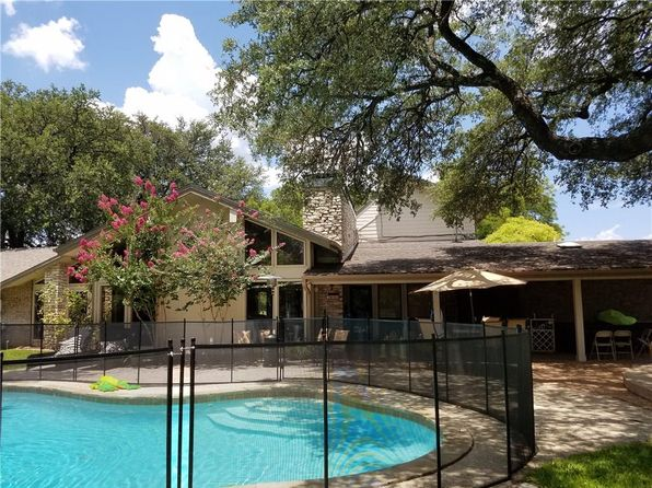 4 bed 3 bath Single Family at 104 Acorn Ln Comanche, TX, 76442 is for sale at 250k - 1 of 34