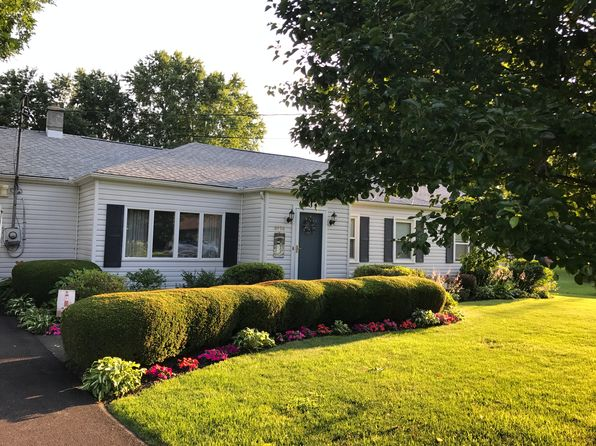 4 bed 2 bath Single Family at 8476 Knox St Campbell, NY, 14821 is for sale at 160k - 1 of 14