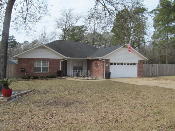 4 bed 2 bath Single Family at 226 WESTRIDGE DR HUNTSVILLE, TX, 77340 is for sale at 230k - 1 of 23