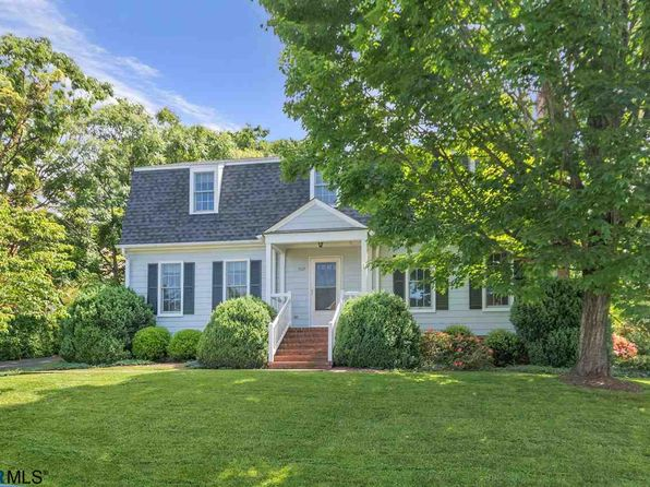 3 bed 4 bath Single Family at 525 Kellogg Dr Charlottesville, VA, 22903 is for sale at 599k - 1 of 34