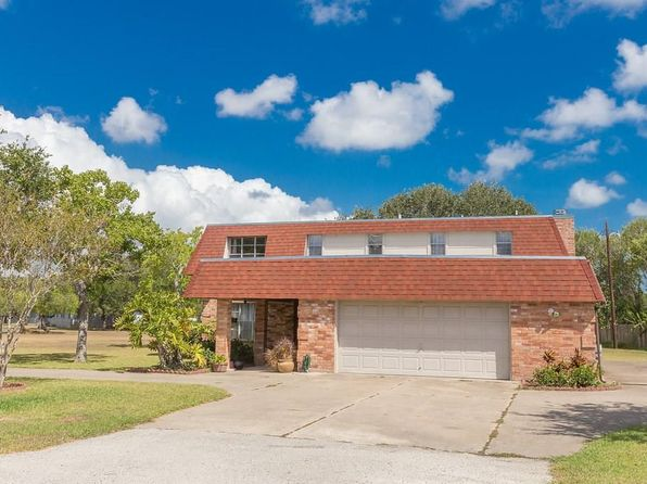 4 bed 3 bath Single Family at 7002 Lake View Dr Corpus Christi, TX, 78412 is for sale at 225k - 1 of 36
