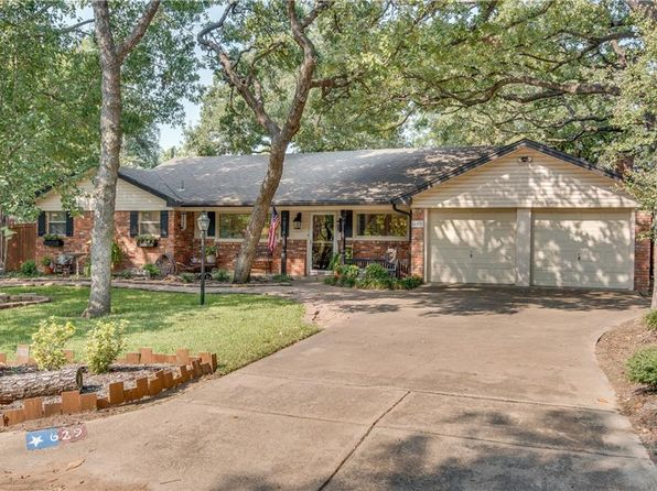 3 bed 2 bath Single Family at 629 Post Oak Dr Hurst, TX, 76053 is for sale at 232k - 1 of 24