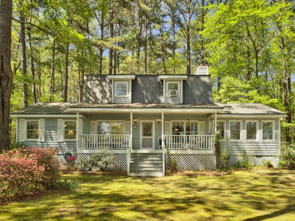 3 bed 2.5 bath Single Family at 1031 Tomahawk Ct White Plains, GA, 30678 is for sale at 439k - 1 of 7