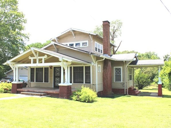 3 bed 3 bath Single Family at 111 S Highland Dr Sparta, TN, 38583 is for sale at 100k - 1 of 32