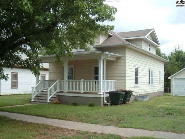 5 bed 2 bath Single Family at 622 N OAK ST PRATT, KS, 67124 is for sale at 175k - 1 of 13