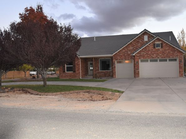4 bed 3 bath Single Family at 1169 W Sapphire Saint George, UT, 84770 is for sale at 385k - 1 of 16