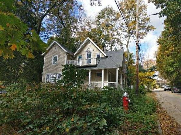 5 bed 2 bath Multi Family at 57 N Kensico Ave Valhalla, NY, 10595 is for sale at 450k - 1 of 10