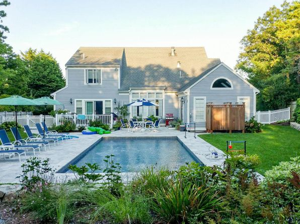 3 bed 3 bath Single Family at 34 Court St Chatham, MA, 02633 is for sale at 1.25m - 1 of 33
