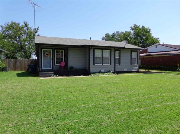 3 bed 1 bath Single Family at 621 Grimes Ave Comanche, OK, 73529 is for sale at 50k - 1 of 15