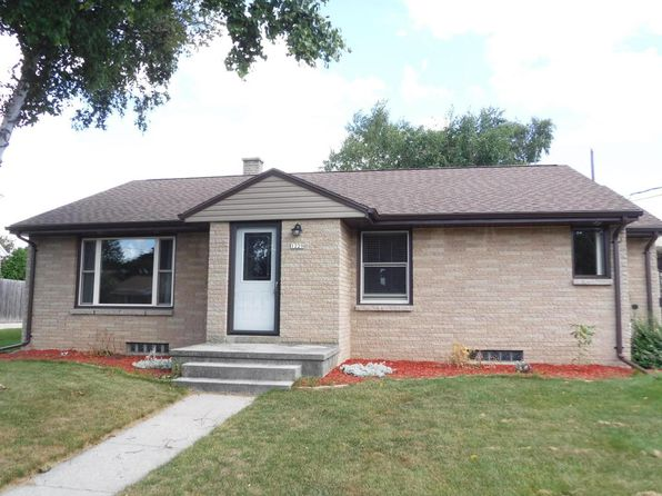 3 bed 2 bath Single Family at 1229 S 25th St Manitowoc, WI, 54220 is for sale at 145k - 1 of 22
