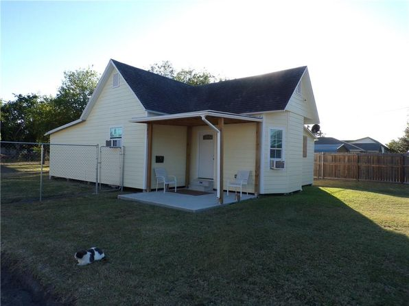 1 bed 1 bath Single Family at 221 Hugh St Sinton, TX, 78387 is for sale at 50k - 1 of 5