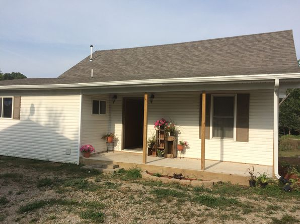 3 bed 2 bath Single Family at 1242 Illinois Dr Knoxville, IA, 50138 is for sale at 126k - 1 of 40