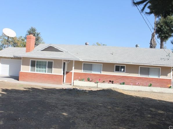 3 bed 2 bath Single Family at 25882 Soboba St Hemet, CA, 92544 is for sale at 300k - 1 of 32