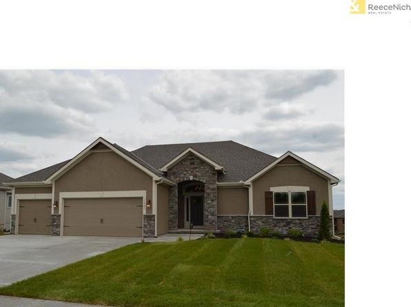4 bed 3 bath Single Family at 1309 W 94th Ct Kansas City, MO, 64114 is for sale at 398k - google static map