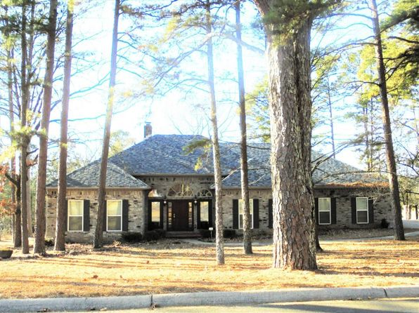 5 bed 3 bath Single Family at 217 River Oaks Ln Russellville, AR, 72802 is for sale at 319k - 1 of 70