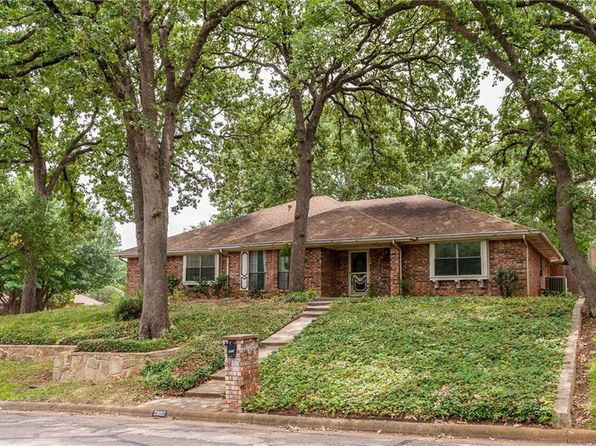 3 bed 2 bath Single Family at 2600 Charolais Way Arlington, TX, 76017 is for sale at 248k - 1 of 36