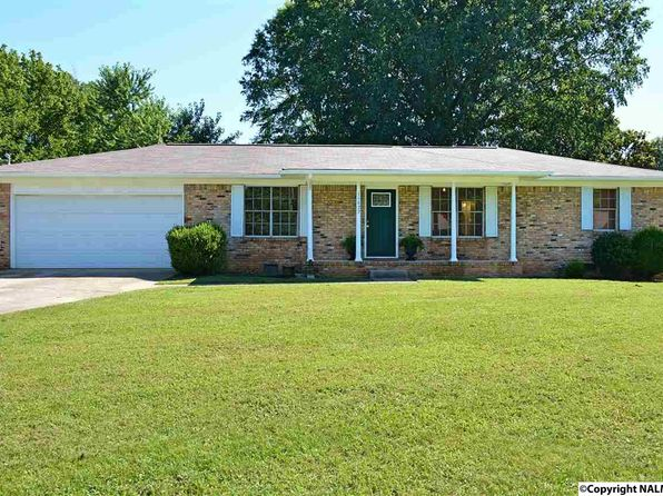 3 bed 2 bath Single Family at 11027 Strong Dr SE Huntsville, AL, 35803 is for sale at 139k - 1 of 33