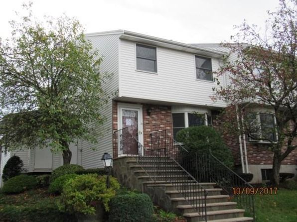 2 bed 2 bath Condo at 21 Eagan Pl Peabody, MA, 01960 is for sale at 265k - 1 of 16