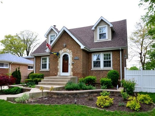 4 bed 3.1 bath Single Family at 9612 S Harding Ave Evergreen Park, IL, 60805 is for sale at 350k - 1 of 19