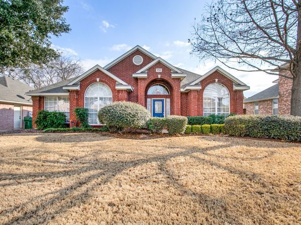 3 bed 2 bath Single Family at 1714 Brittany Ln Mansfield, TX, 76063 is for sale at 250k - 1 of 25