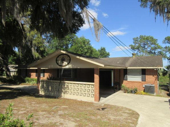 3 bed 2 bath Single Family at 1115 SE Lake Ln Keystone Heights, FL, 32656 is for sale at 195k - 1 of 19