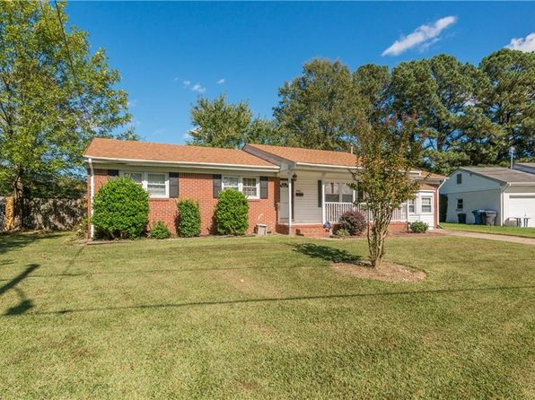 3 bed 2 bath Single Family at 4944 Blackfoot Cres Virginia Beach, VA, 23462 is for sale at 245k - 1 of 32