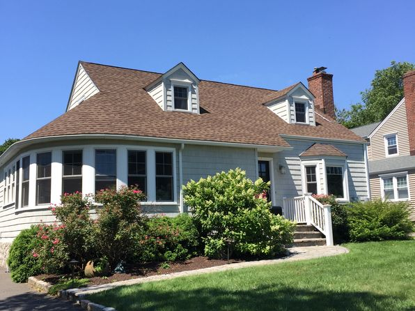 3 bed 2 bath Single Family at 35 Margherita Lawn Stratford, CT, 06615 is for sale at 660k - 1 of 24