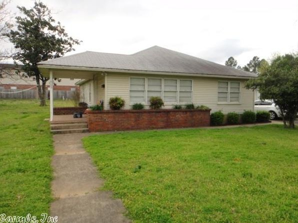 3 bed 1 bath Single Family at 405 N Hussey St Searcy, AR, 72143 is for sale at 60k - 1 of 12