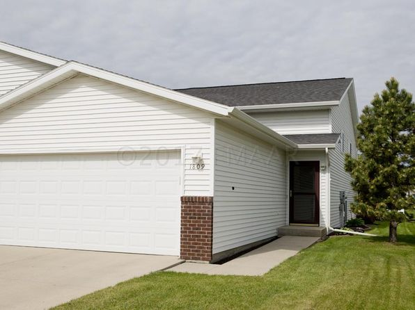 3 bed 2 bath Multi Family at 1809 49th St S Fargo, ND, 58103 is for sale at 183k - 1 of 36