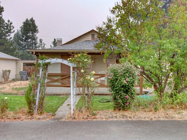 2 bed 1 bath Single Family at 1551 Apple Ln Grants Pass, OR, 97527 is for sale at 200k - 1 of 21