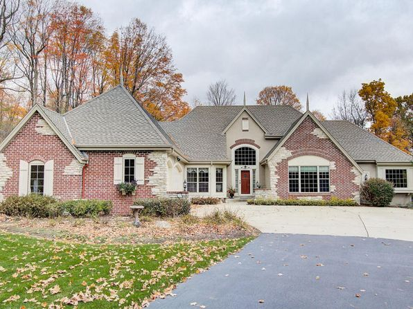 3 bed 3 bath Single Family at 3106 Wedgewood Dr Colgate, WI, 53017 is for sale at 590k - 1 of 25