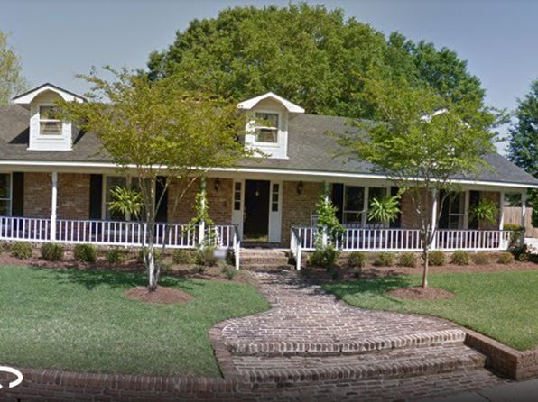 4 bed 3 bath Single Family at 2001 Pine Needle Dr E Mobile, AL, 36609 is for sale at 180k - 1 of 14