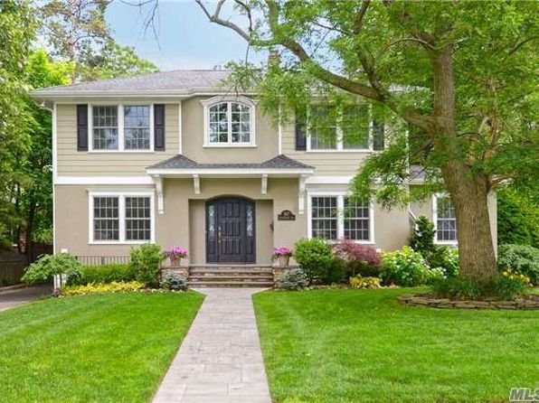 5 bed 5 bath Single Family at 107 Hendrickson Ave Rockville Centre, NY, 11570 is for sale at 1.43m - 1 of 20