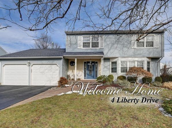 4 bed 3 bath Single Family at 4 Liberty Dr Dayton, NJ, 08810 is for sale at 489k - 1 of 20